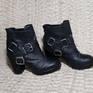 Dolce Vita Motorcycle Boots, size 6